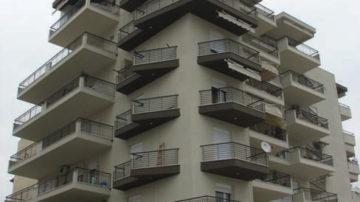 Πολυκατοικίες - Κτήρια